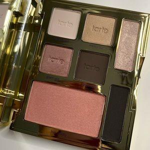 tarte Makeup - Tarte palette brand new